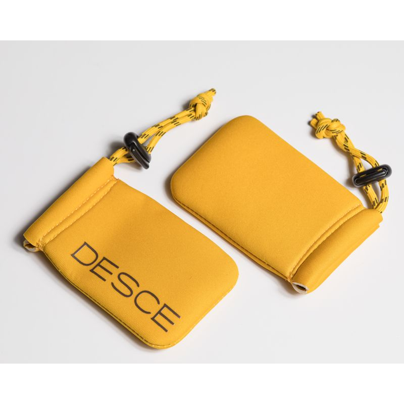 Pochette Neo Sleeve Mini